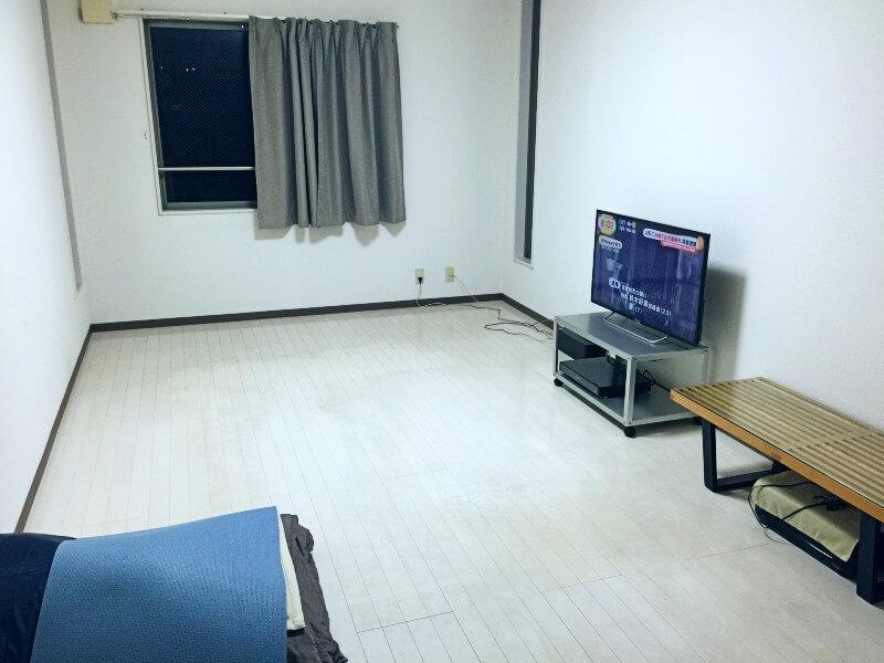 minimalist-room